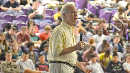 Anti-smoking speaker Patrick Reynolds speaks at Bainbridge High School, March 25, 2014